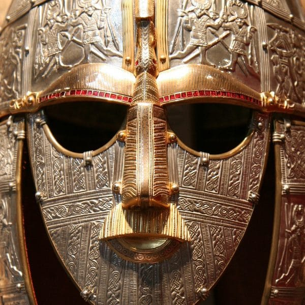 Sutton_Hoo_replica_face
