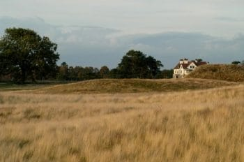 sutton-hoo-House-and-Mounds-400x265